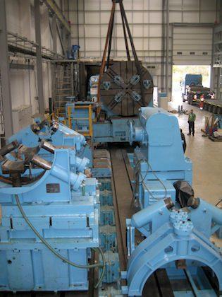 Heavy machinery lifting