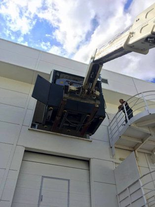 Specialist machinery moving and lifting